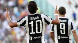 Paulo Dybala sumbang satu gol ke gawang Cagliari.