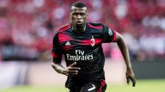 Indosport - M'Baye Niang kala berseragam AC Milan.