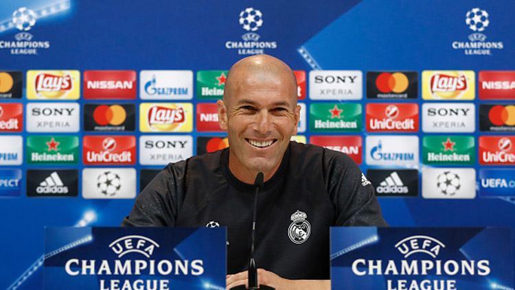 Zinedine Zidane, pelatih Real Madrid. Copyright: INDOSPORT