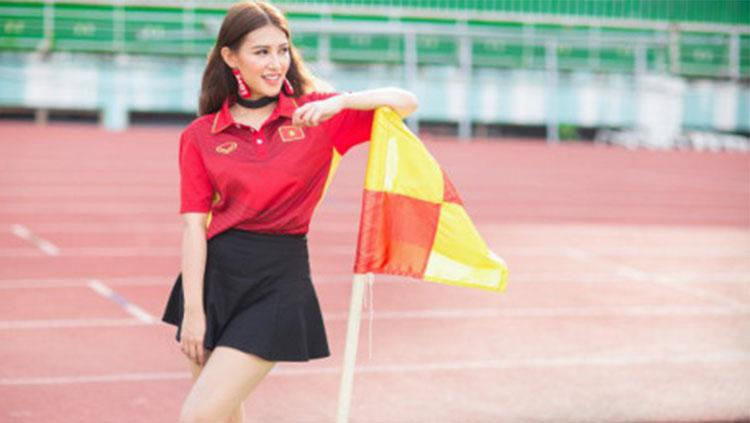 Emma Nguyen menyiapkan hadiah khusus jika Vietnam bisa menang dari Indonesia. Copyright: Baomoi