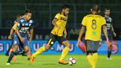 Indosport - Barito Putera vs Arema FC.
