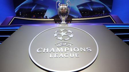 Trofi Liga Champions. - INDOSPORT