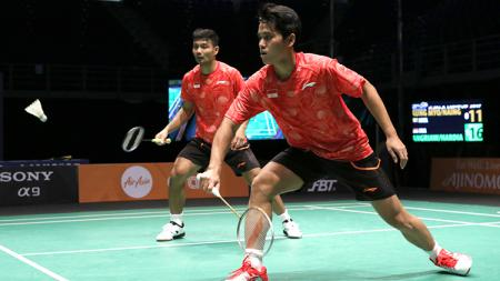 Pasangan Berry Angriawan/Hardianto gagal melaju ke babak final Indonesian Masters 2019 usai dikalahkan Akira Koga/Taichi Saito, Sabtu (05/10/19). - INDOSPORT