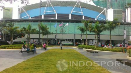 Halaman depan Pusat Aquatic Nasional Malaysia di Stadion Bukit Jalil. - INDOSPORT