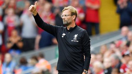 Pelatih Liverpool, Jurgen Klopp, memberikan pujian kepada wasit wanita yang memimpin laga Piala Super UEFA 2019 lawan Chelsea, Stephanie Frappart. - INDOSPORT
