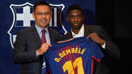 Barcelona memberikan nomor punggung 11 kepada Oussmane Dembele. - INDOSPORT