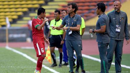 Evan Dimas angkat bicara terkait kabar kembalinya Luis Milla melatih Timnas Indonesia menggantikan Simon McMenemy. - INDOSPORT