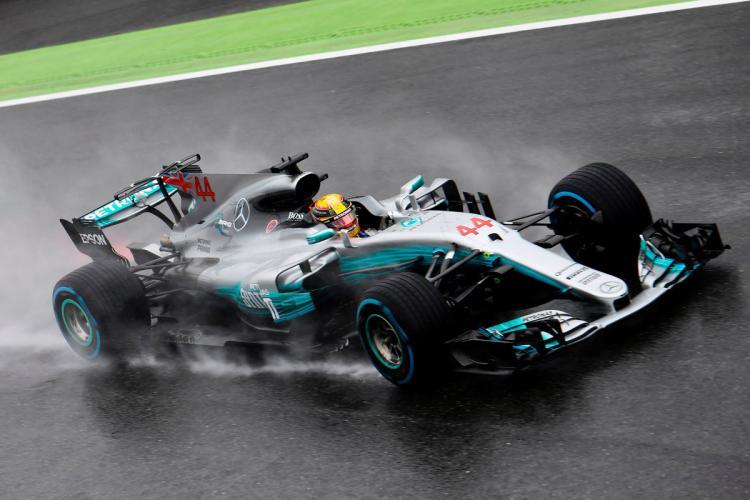 Lewis Hamilton di Sesi Kualifikasi GP Italia Copyright: @Formula1
