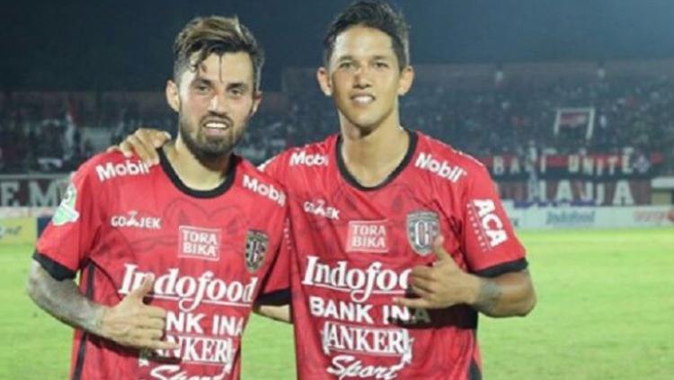 Stefano Lilipaly dan Irfan Bachdim. Copyright: Twitter/@BolaBanget