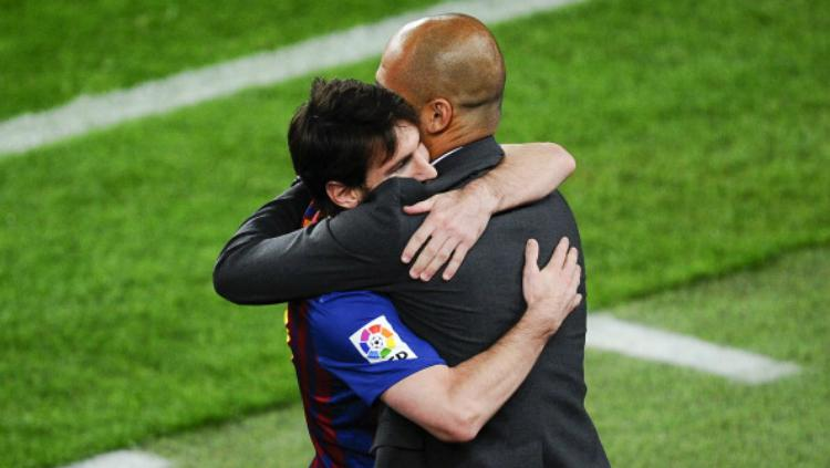 Lionel Messi dan Pep Guardiola. Copyright: INDOSPORT