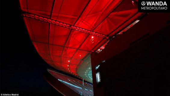 Atap tampak luar diterangi dengan lampu akan menggabungkan dengan eksterior putih untuk menciptakan visi warna klub Atletico Madrid Copyright: Atletico Madrid
