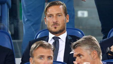 Legenda hidup AS Roma, Francesco Totti. - INDOSPORT