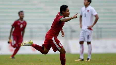 Evan Dimas Darmono merupakan salah satu pemain yang pernah bersinar di ajang Timnas Indonesia U-19. - INDOSPORT