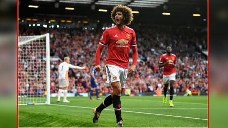 Marouane Fellaini disebut Jose Mourinho sebagai pemain paling penting untuk Manchester United. - INDOSPORT