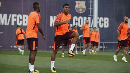 Pemain baru Barcelona, Paulinho di sesi latihan jelang laga melawan Juventus.