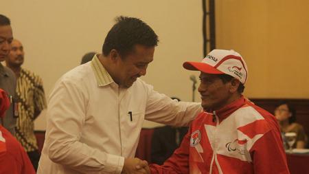 Menpora Imam Nahrawi dalam acara pelepasan kontingen Indonesia ke Asean Paragames 2017 - INDOSPORT