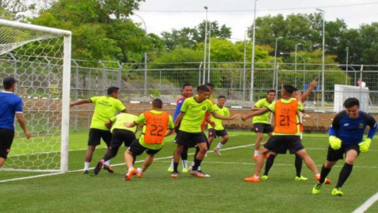 Pengembangan Sepakbola Brunei yang bekerja sama dengan Jepang. Copyright: JFA
