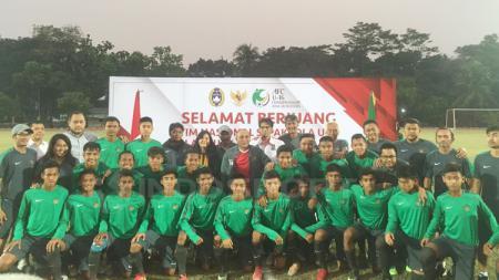 Potret Timnas U-16 sebelum berangkat ke Thailand untuk jalan kualifikasi Piala AFC U-16. - INDOSPORT