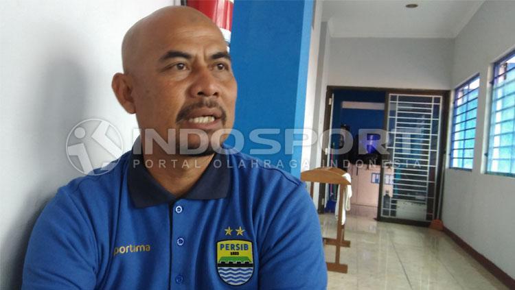 Herrie Setyawan, asisten pelatih Persib Bandung. Copyright: Gita Agiet/INDOSPORT