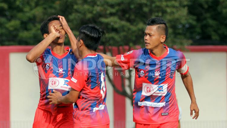 Selebrasi para pemain Persigo Semeru FC. Copyright: Ian Setiawan/INDOSPORT