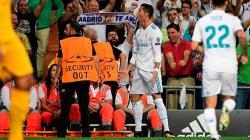 Selebrasi pemain megabintang Real Madrid, Cristiano Ronaldo usai menjebol gawang Apoel.