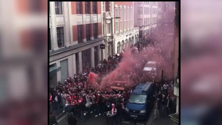 Fans FC Koln. - INDOSPORT
