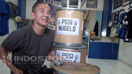 Kim Jeffrey Kurniawan ikut mendukung #KoinuntukPSSI. - INDOSPORT