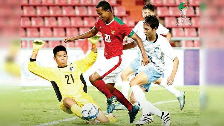 Amirudin Bagus (Timnas Indonesia) saat berhasil memasukan bola ke gawang Mariana Utara. Copyright: Twitter@theafcdotcom