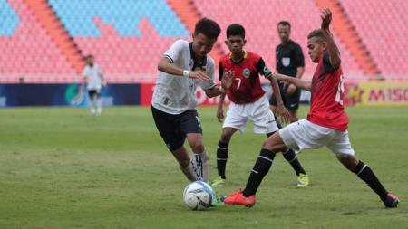 Aksi para pemain Timor Leste U-16 saat kalahkan Laos. - INDOSPORT