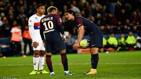 Cavani dan Neymar beradu mulut untuk menjadi eksekutor penalti - INDOSPORT