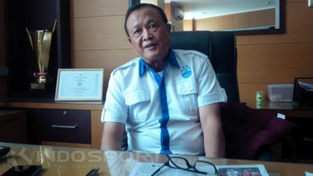 Zainuri Hasyim, Komisaris Utama PT Persib Bandung Bermartabat. - INDOSPORT