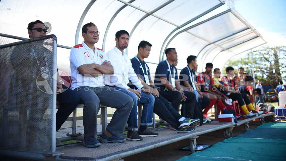Tim kepelatihan Semen Padang FC. Copyright: Taufik Hidayat/INDOSPORT