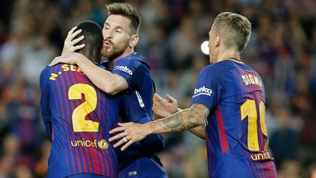 Selebrasi Barcelona usai Lionel Messi cetak gol ke gawang Eibar. - INDOSPORT