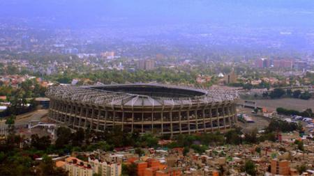 Kondisi Stadion Azteca masih kokoh meski diguncang gempa besar. - INDOSPORT