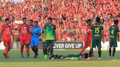 Indosport - Salah satu pertandingan Persibat Batang.