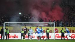 Pertandingan divisi kedua Bundesliga Jerman antara St. Pauli menghadapi Holstein Kiel.