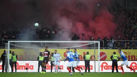 Pertandingan divisi kedua Bundesliga Jerman antara St. Pauli menghadapi Holstein Kiel. - INDOSPORT