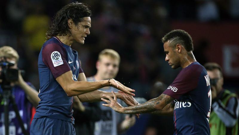 Neymar dan Edinson Cavani. Copyright: INDOSPORT