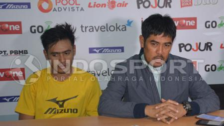 Bek Persela Lamongan, Novan Setya Sasongko dan Nilmaizar akui butuh waktu 2 bulan untuk berlatih sebelum kembali jalani laga lanjutan Liga 1 2020. - INDOSPORT