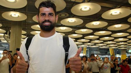 Diego Costa tiba di Madrid untuk kembali bergabung dengan Atletico Madrid. - INDOSPORT