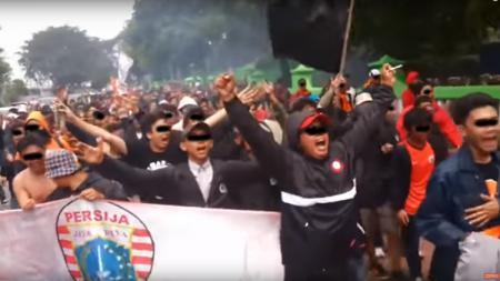 Pendukung Persija Jakarta. - INDOSPORT