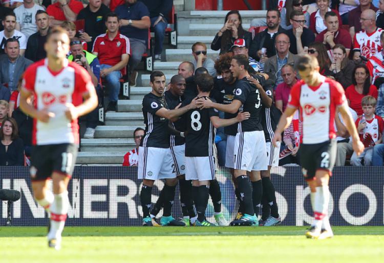 Selebrasi dari para pemain Man United. Copyright: INDOSPORT