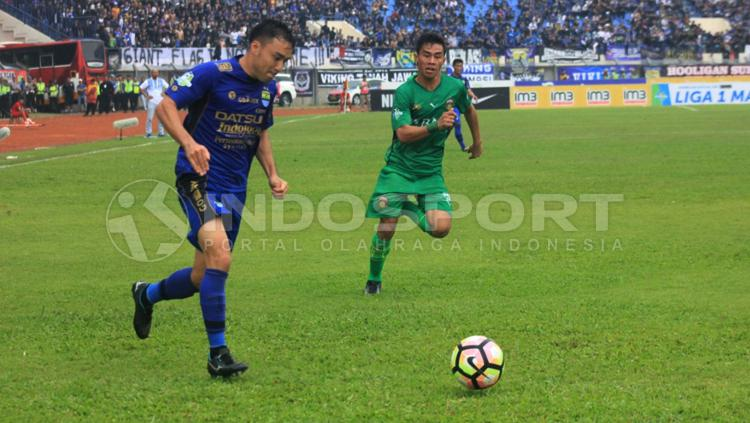 Shohei Matsunaga, pemain Persib Bandung. Copyright: Arief R/INDOSPORT