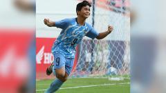 Indosport - Pencetak gol perdana Kepulauan Mariana Utara ke gawang Timor Leste,  Ian Karl Maniago.
