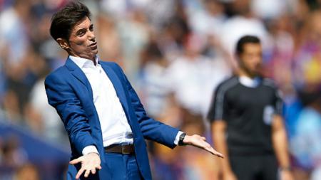 Mantan pelatih sepak bola Valencia, Marcelino Garcia Toral, kabarnya telah terbang ke London untuk membicarakan peluangnya menjadi pelatih Arsenal. - INDOSPORT