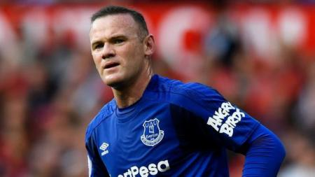 Rooney memakai jersey berlambang Angry Bird. - INDOSPORT