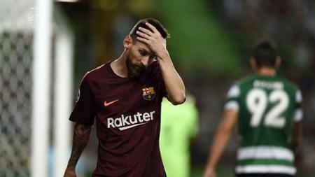 Reaksi Lionel Messi usai gagal mencetak gol. - INDOSPORT
