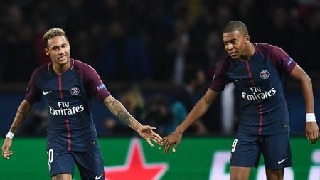 Neymar dan Kylian Mbappe usai mencetak gol untuk PSG. - INDOSPORT