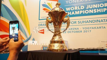Piala Suhandinata 2017, kejuaraan dunia junior BWF yang diikuti 488 atlet dari 64 negara dengan usia dibawah 19 tahun.