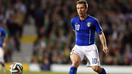 Legenda Timnas Italia, Antonio Cassano, mengkhawatirkan Inter Milan jika mantan klubnya tersebut berkompetisi di Liga Europa. - INDOSPORT
